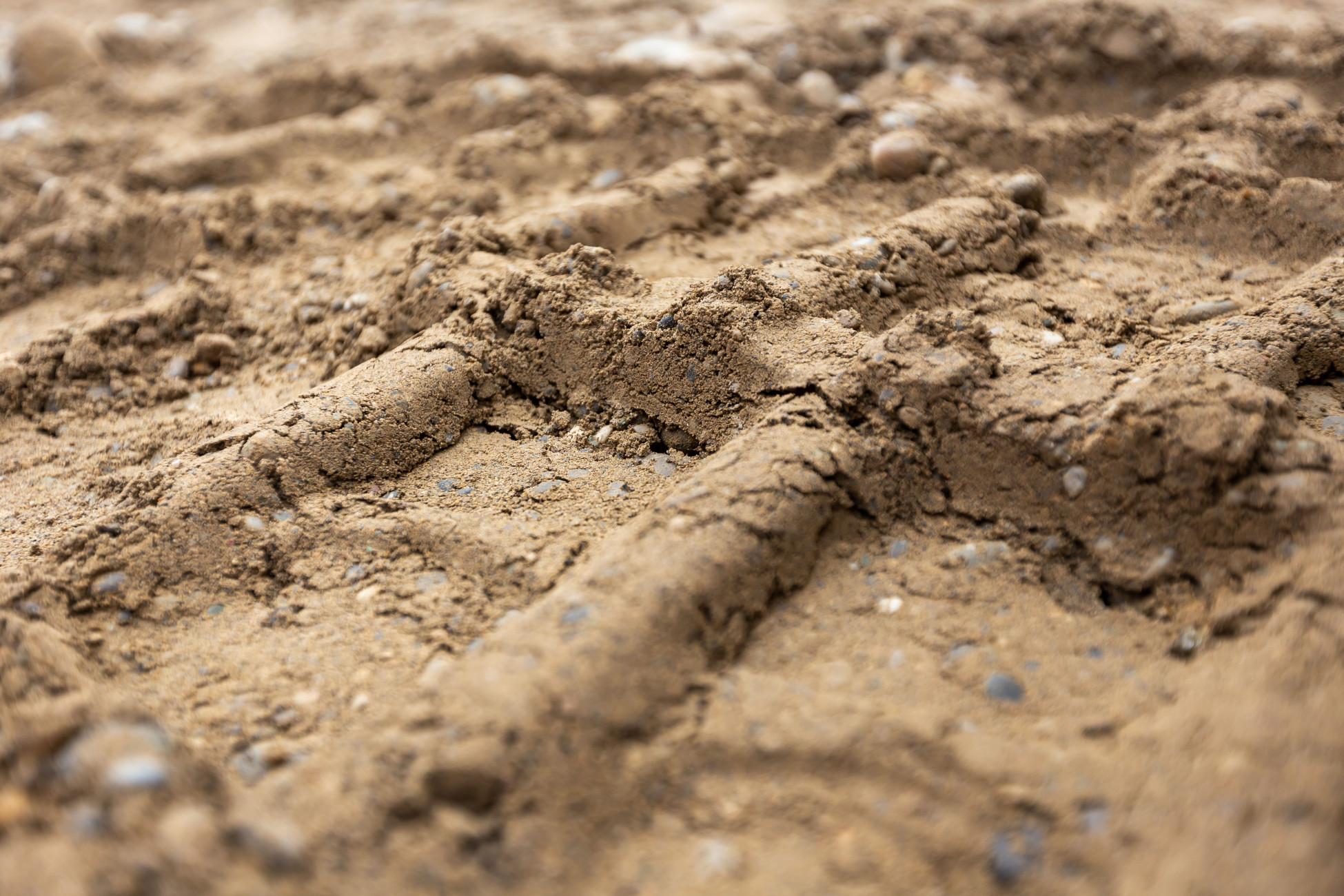 Baggerspuren Boden